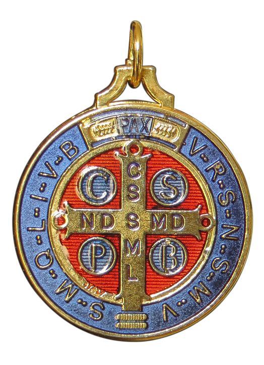 Medal of Saint Benedict enamelled, 40 mm (Verso)