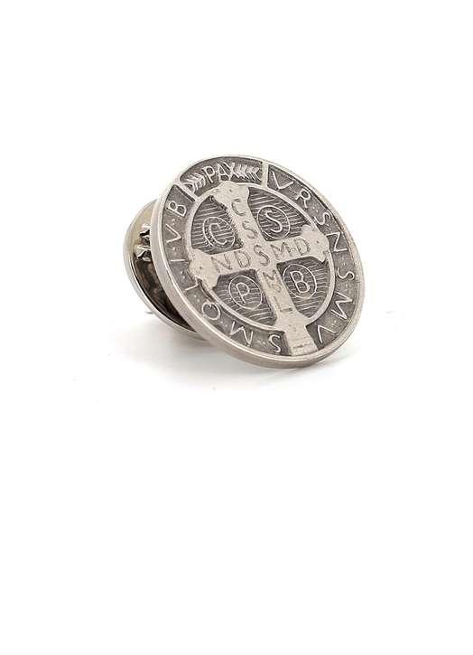 Epinglette de saint Benoît en argent massif, 16 mm
