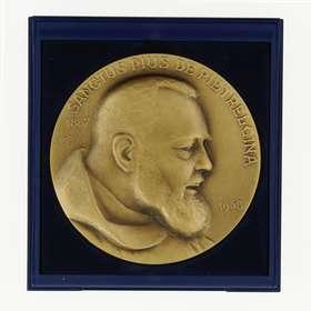 Médaille du Padre Pio (bronze patiné) - 7 cm