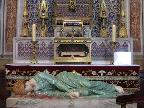 Copie de la statue de sainte Cécile à Albi