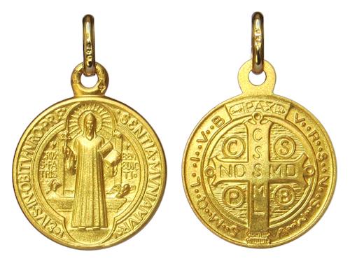 Médaille de saint Benoît en or massif