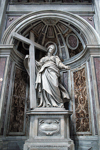 Statue de sainte Hélène dans la basilique du Vatican
