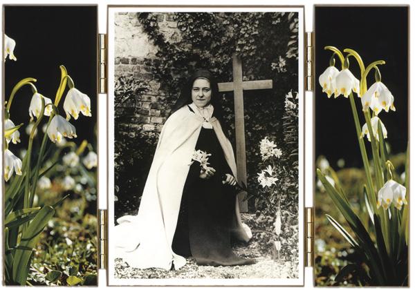 Sainte Thérèse au Lys